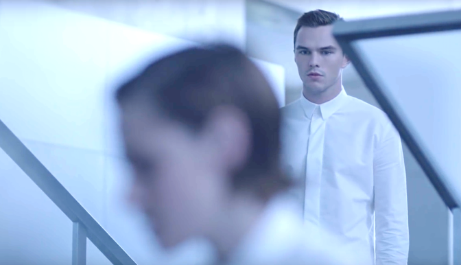 EQUALS (2015): New Trailer Starring Kristen Stewart & Nicholas Hoult