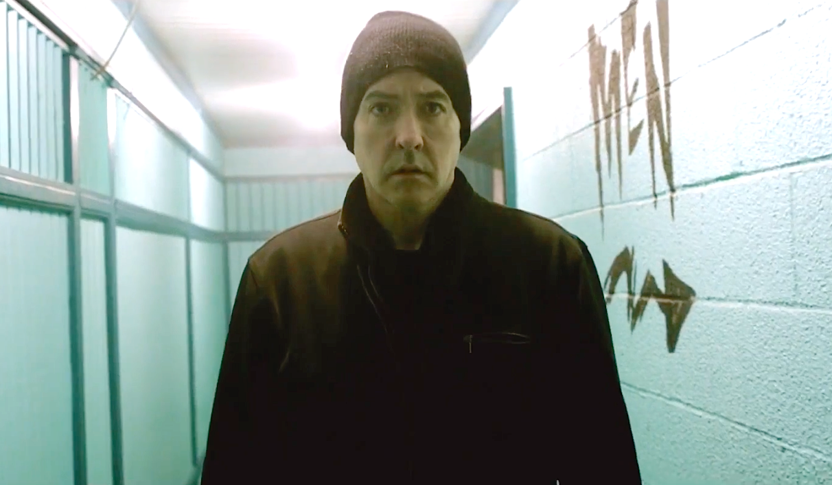 Cell (2016), John Cusack