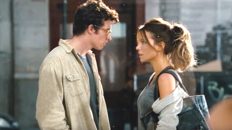 The Only Living Boy In New York (2017): Kate Beckinsale, Callum Turner