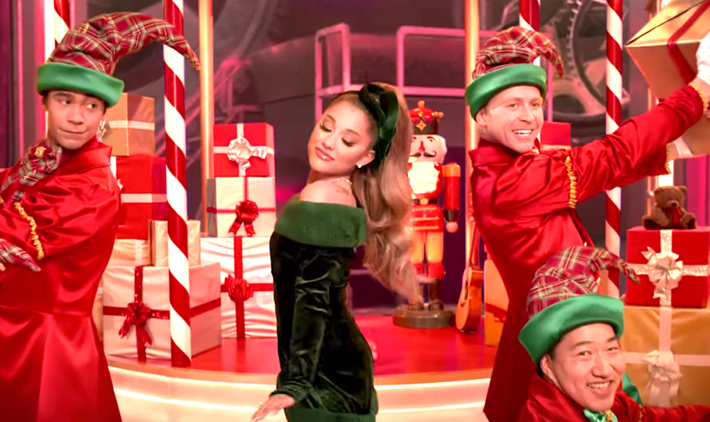 Mariah Carey's Magical Christmas Special (2020), Ariana Grande, Apple TV+